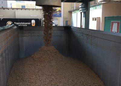 Ladung Silo Schüttgut Biertreber Feuchtfuttermittel