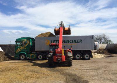 Lettebichler transport beladen Schüttgut LKW Lastwagen