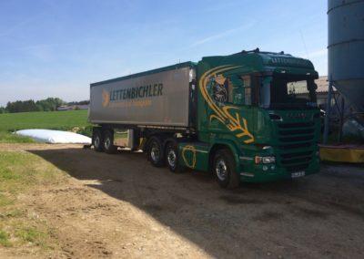 Biertreber im Schlauch Lastwagen LKW Lettenbichler Futtermittel transport