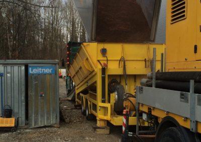 Lastwagen Laderampe beladen Lettenbichler Feuchtfuttermittel