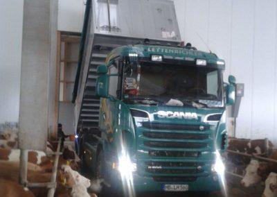 Lettenbichler Lastwagen Futtermittel Stall