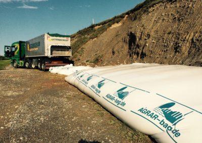 Lettenbichler Lastwagen Feuchtfuttermittel im Schlauch